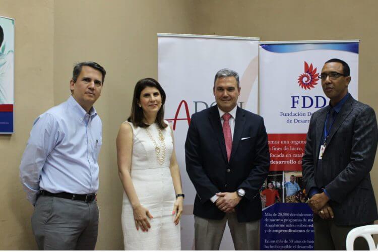 FDD y ADOPI firman acuerdo para capacitar a microempresarios sobre la protección de la Propiedad Intelectual