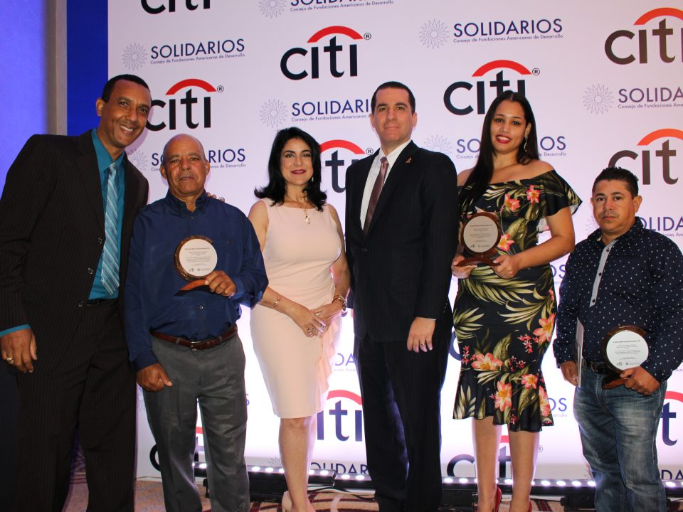 En ceremonia premios CITI, FDD con ganadores